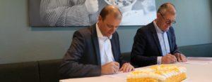 Newasco Ipse de Bruggen tekenen contract