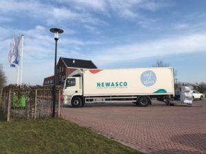vrachtwagen Newasco bij de prinsenstichting
